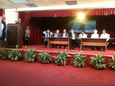 Podium auf der Abschlussveranstaltung in Havanna