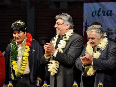 Die Präsidenten Boliviens, Evo Morales (l.), und Paraguays Fernando Lugo (Mitte)