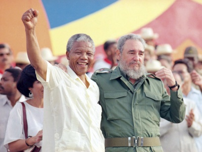 Nelson Mandela und Fidel Castro