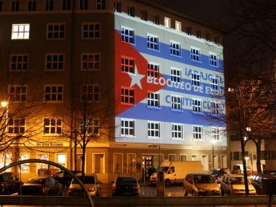 Das angestrahlte Karl-Liebknecht-Haus