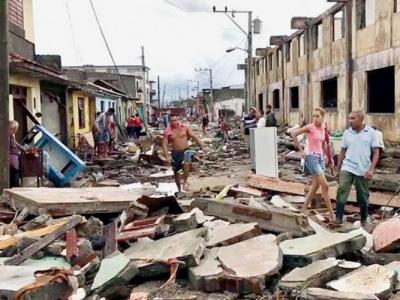 """Eine Straße in Baracoa nach dem Wirbelsturm """"Matthew"""""""