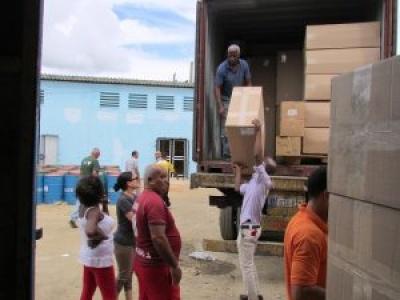 Hilfsgütern erreicht Betroffene in der Provinz Mayabeque