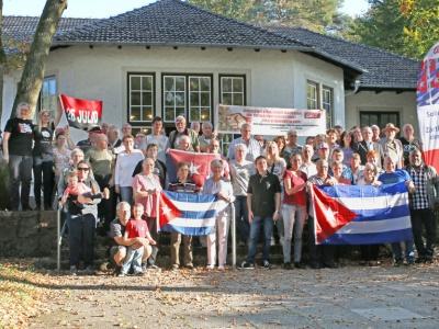 Die Teilnehmer des Bundestreffens der Cuba Sí-Regionalgruppen