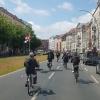 Der Korso passiert die Schönhauser Allee zum nächsten Haltepunkt auf dem Rosenthaler Platz