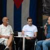 Gesprächsrunde mit einem Rückblick auf Erlebtes und Geleistetes in 30 Jahren Cuba sí -  v.l.: Gerhard Mertschenk, Steffen Niese, Jörg Rückmann (v.l.). Foto: Gabriele Senft