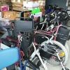 Rollstühle und Rollatoren für die Lebensqualität auf unseren Projekten.