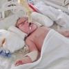 """Ein kleiner Patient in der Geburtsklinik """"Ramón Gonzáles Coro"""""""