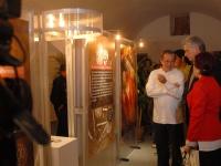 Ecuadors Außenminister Patiño (mit weißem Hemd) und Diaz-Canel