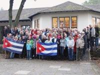 Die Teilnehmer des Cuba Sí-Treffens am Werbellinsee