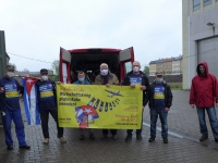 Gruppenfoto mit dem Unblock-Cuba-Transparent